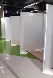 Type 3 freestanding perspex screen