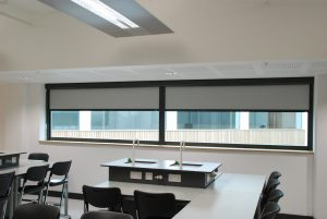 Kuro blackout blinds used in laboratory